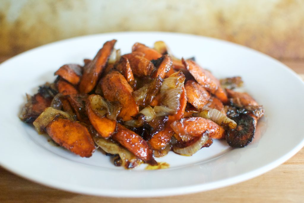 balsamic maple roasted carrots and onions, the perfect side dish recipe