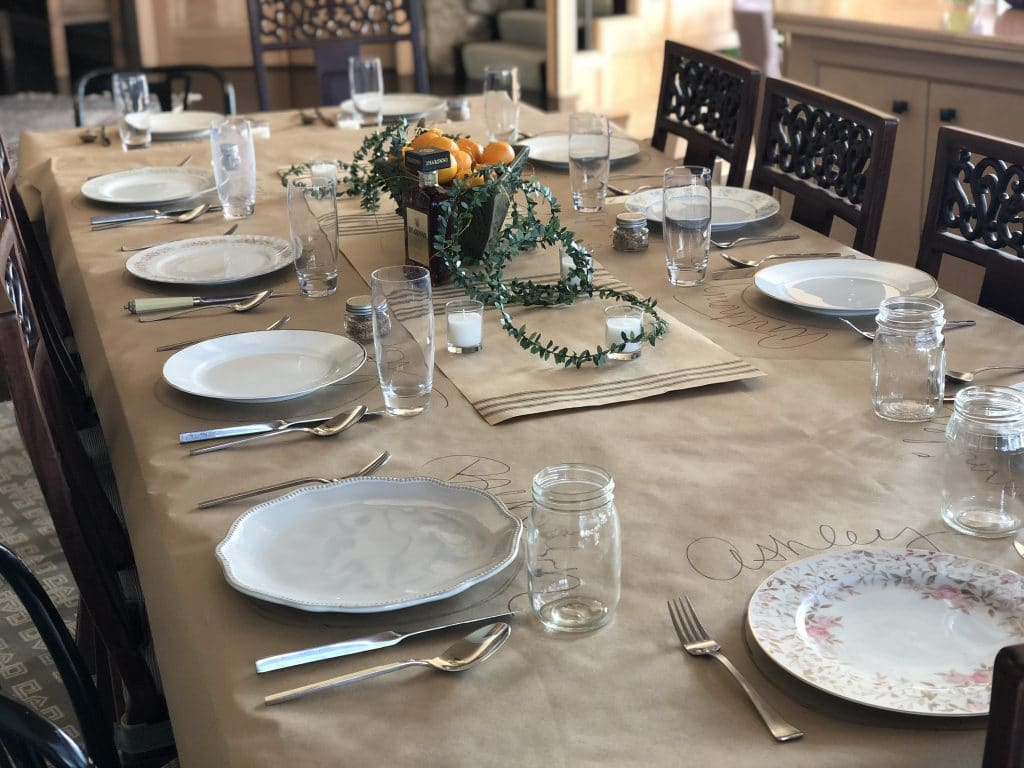 kraft paper to cover thanksgiving table