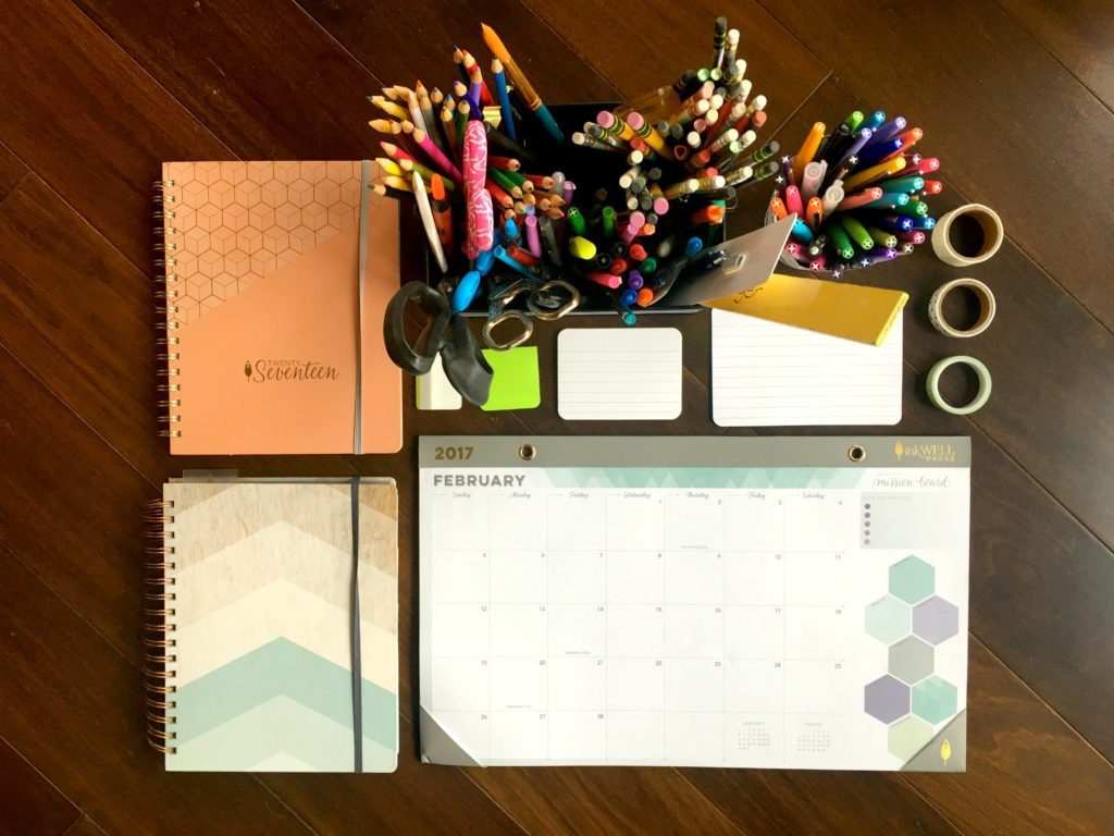 Give your organization and new habits a jump-start in the New Year. Plus, join the fun at Home Matters! #Organization #NewHabits #NewYear #HomeMattersParty