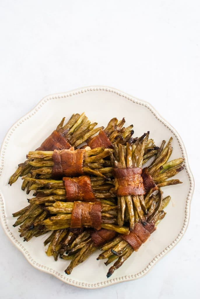 Easy green bean bundles wrapped in bacon!