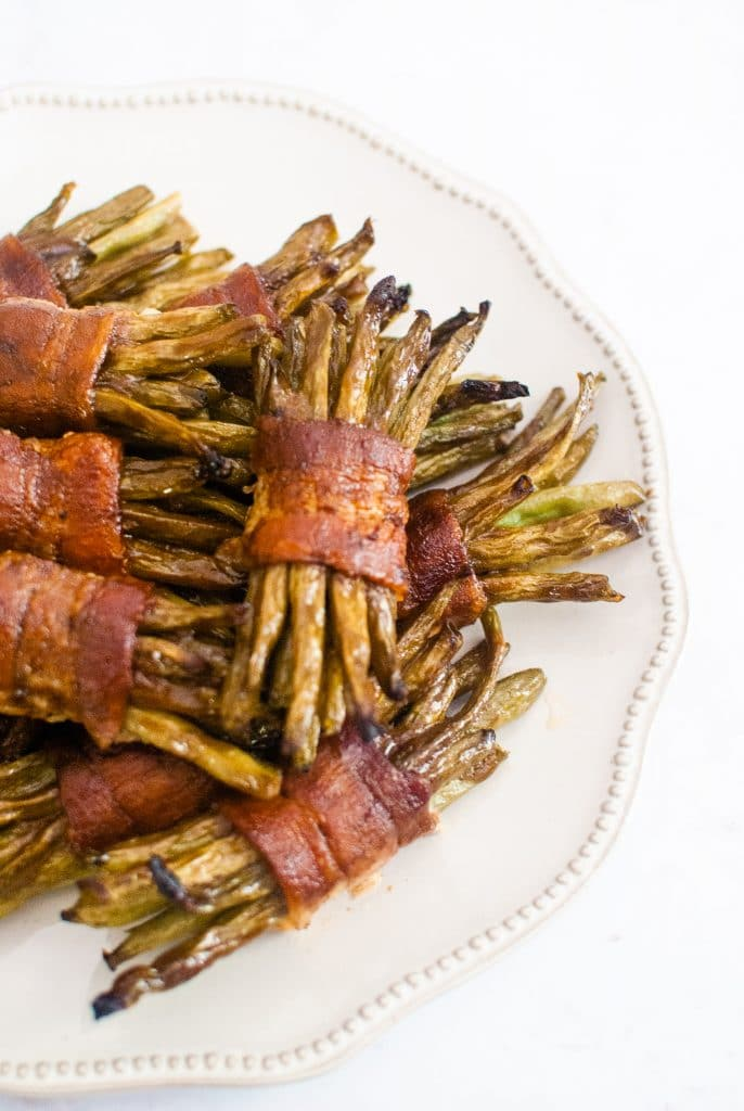 green beans wrapped in bacon for an easy side dish recipe
