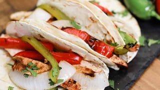 Grilled Chicken Fajitas Recipe - The Best Quick and Easy Chicken Fajitas
