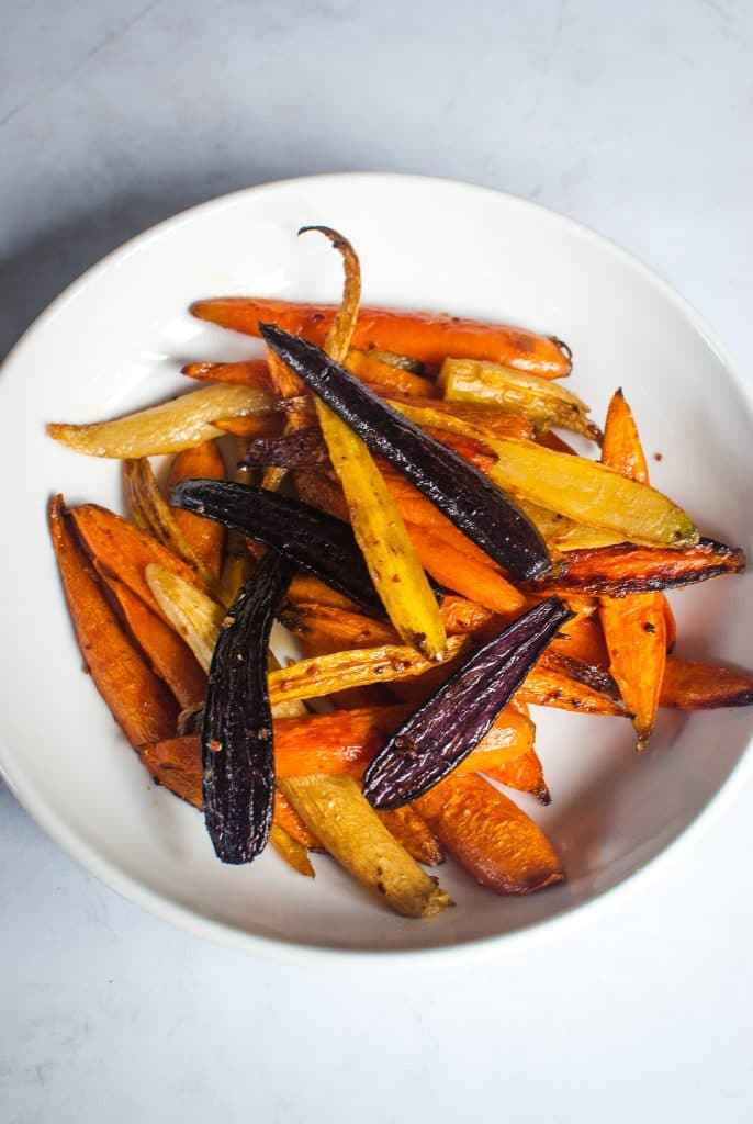 baked rainbow carrots