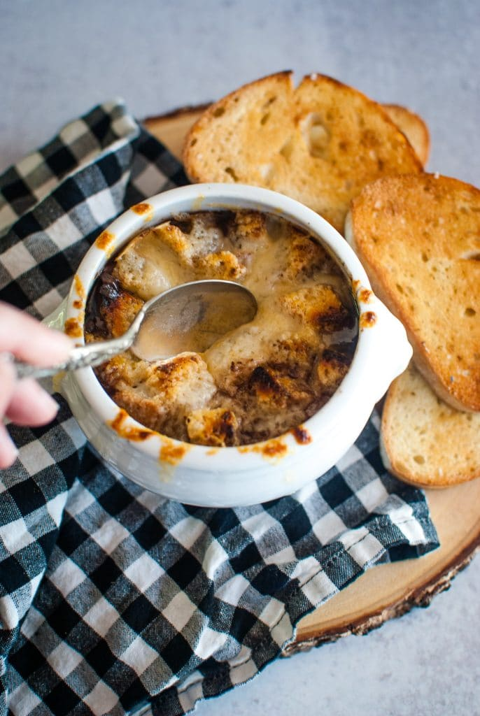 Onion Soup with Garlic Toast