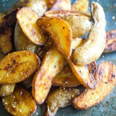 Sheet Pan Roasted Fingerling Potatoes