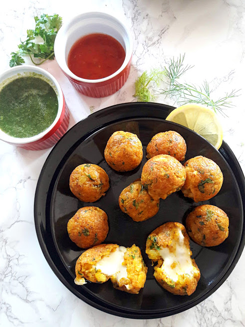 Cheesy Potato Poppers - Croquettes