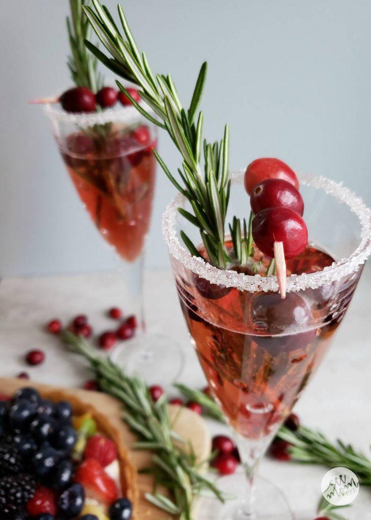 Easy Holiday Entertaining + Cranberry Mimosa Recipe