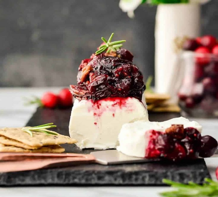 Maple & Cranberry Goat Cheese Appetizer Toasted Pecans