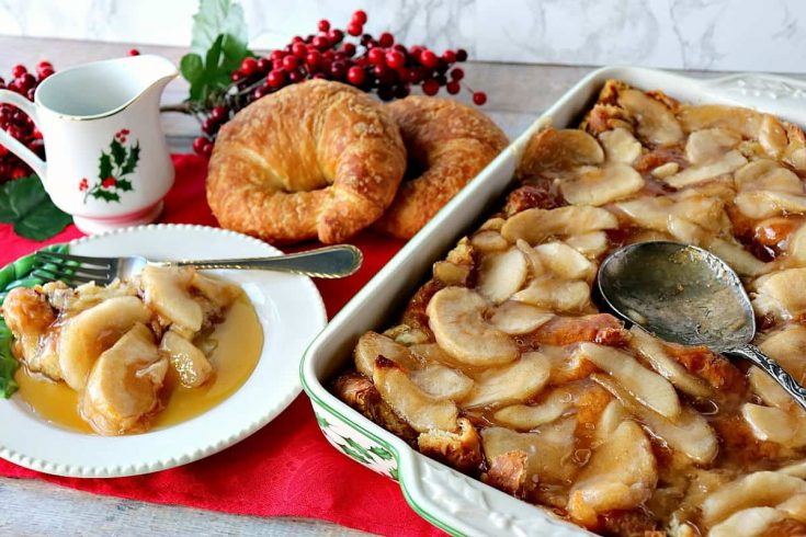 Easy Make-Ahead Christmas Morning Croissant Apple Breakfast Bake
