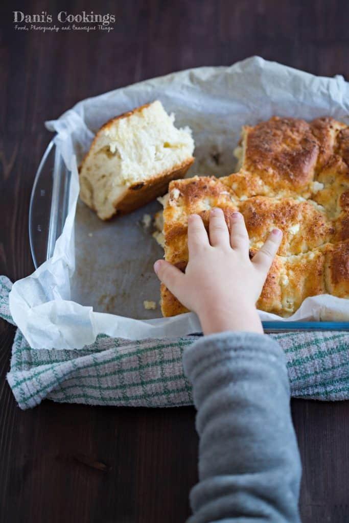 Easy Cheese Bread (Tutmanik)