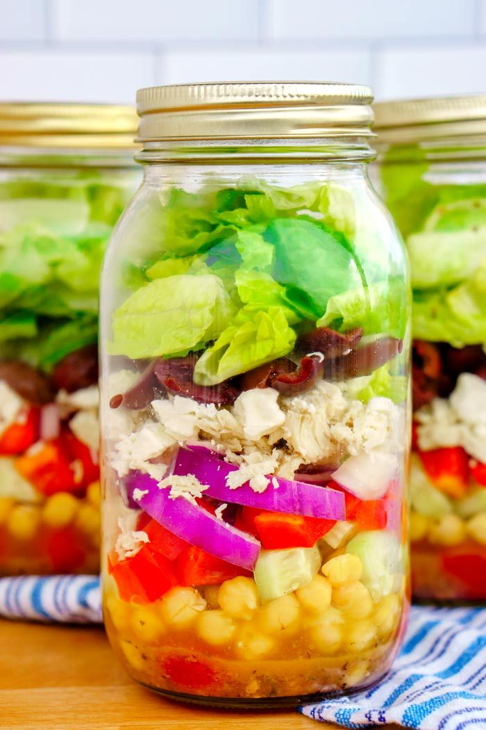 Healthy Greek Mason Jar Salads