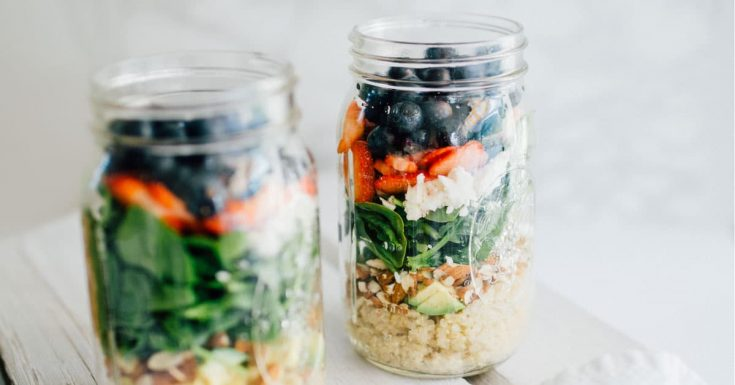 Summer Berry Salad Jar: 7 Layers of Vegetarian Deliciousness