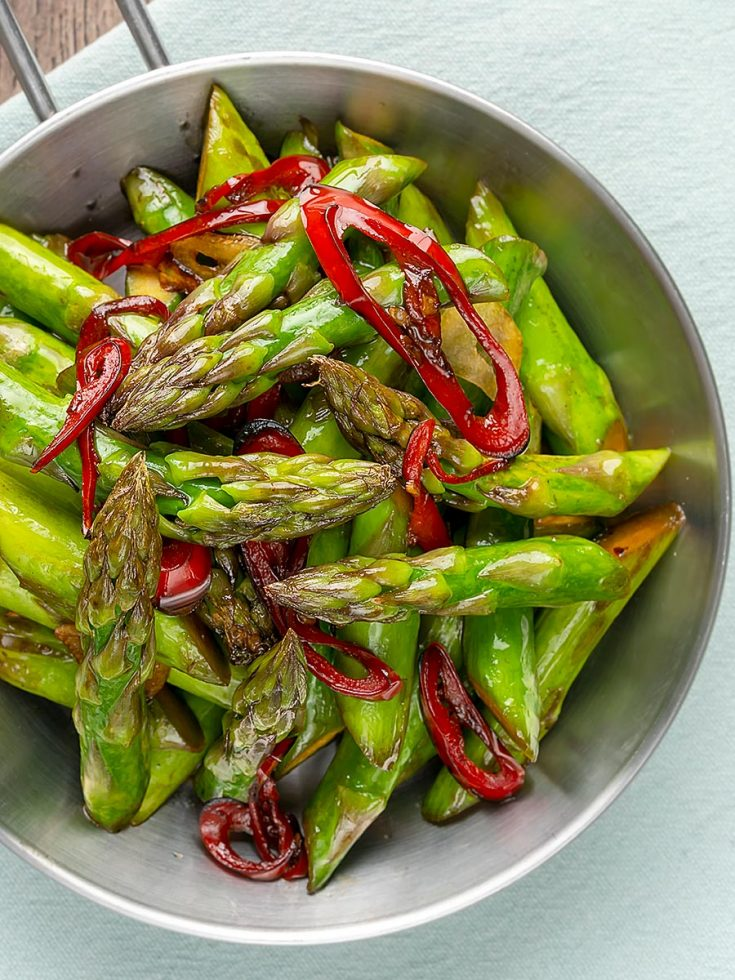 Asparagus Stir Fry with Garlic and Chilli