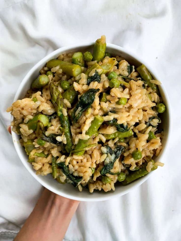 20 Minute Risotto with Peas, Asparagus & Spinach | Easy Vegetarian Meal