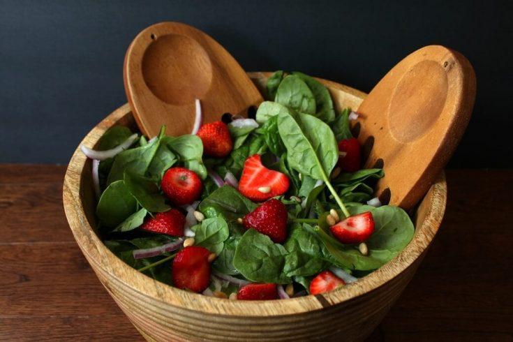 Summer Strawberry Spinach Salad