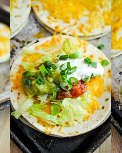 Copycat Mexican Pizzas from Sweetpea Lifestyle