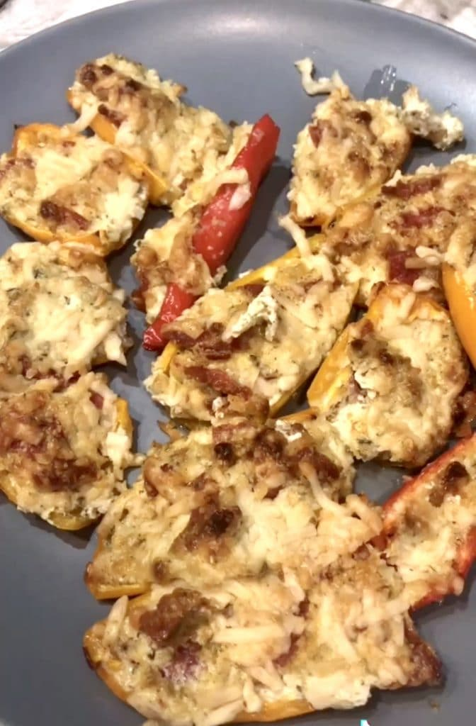 Keto Baked Pizza Peppers